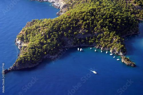 Photo Aerial view of Fethiye Beach in Fethiye, Turkey.