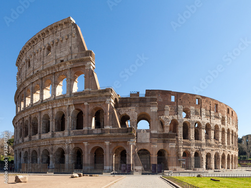 Fényképezés Colosseum or Coliseum (Flavian Amphitheatre or Amphitheatrum Flavium or Anfiteatro Flavio or Colosseo