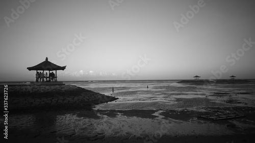 Obraz na plátně Lifeguard Hut On Beach Against Clear Sky