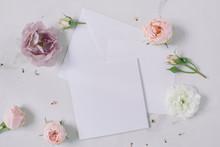 Elegant Floral Composition Wit...