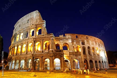 Fotografia, Obraz The Colosseum, or Flavian Amphitheater, in Rome, Italy.