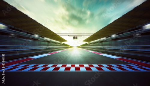 Fotografia Motor Racing Track Against Sky During Sunset
