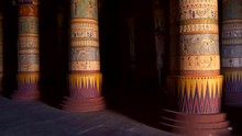 Interior Of An Ancient Egyptian Temple. Columns With Inscriptions And Life Scenes. Khnum God Goldish Statue On The Right. 4K