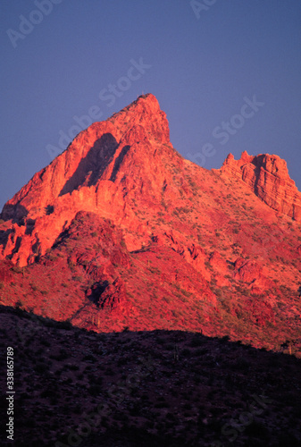 Desert Alpenglow, Signal Peak Wilderness, Arizona фототапет