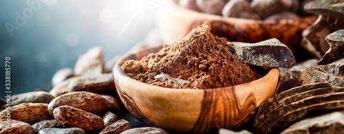 Fotografía Cocoa and chocolate wide banner