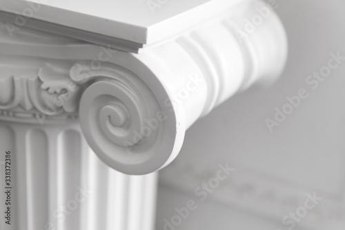 Obraz na plátně White column portico fragment, Ionic order
