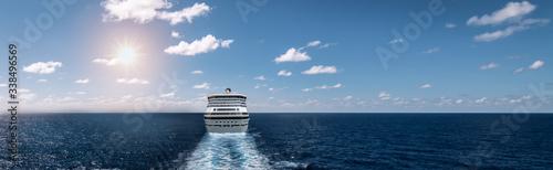 Fotografie, Obraz Sailing cruise ship on the sea