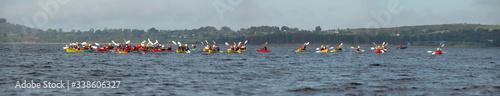 Valokuvatapetti Distant Kayakers On Lake