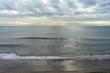 曇天の湘南海岸の風景
