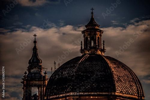 Cuadros en Lienzo Low Angle View Of Basilica Of Santa Maria Del Popolo At Piazza Del Popolo Agains