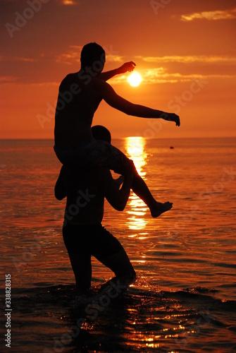 braterski zachód słońca Canvas-taulu