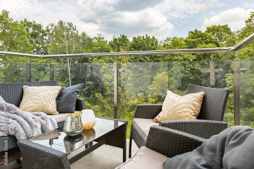 Photo Balcony with green forest view