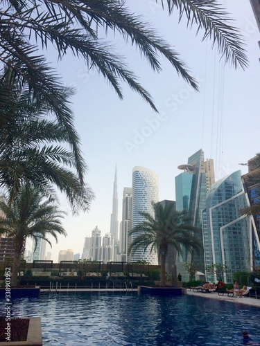 Photographie View Of Burj Khalifa From Swimming Pool