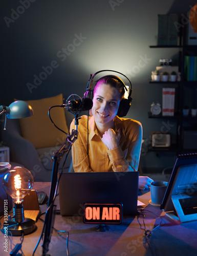 Obraz Broadcasting on air at the radio station - fototapety do salonu