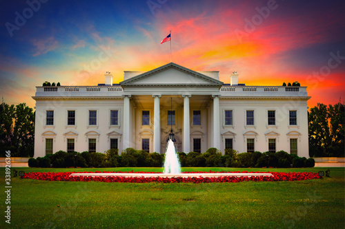 US White House front view at sunset. Wallpaper Mural