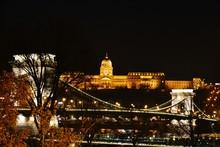 Illuminated Chain Bridge And H...