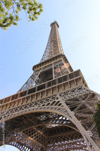 Fototapety, obrazy: Eiffel Tower with sun reflection