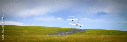 Fotografie, Tablou Abheben Segelflugzeug Schleppen Starten Banner