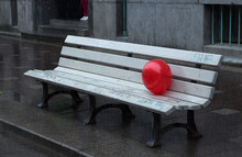 The Red Balloon Caught On The ...
