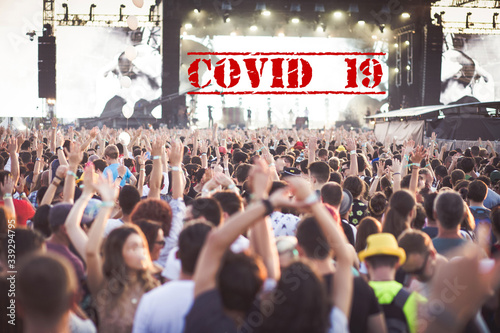 Fototapety, obrazy: Cancelled due to coronavirus concert crowd
