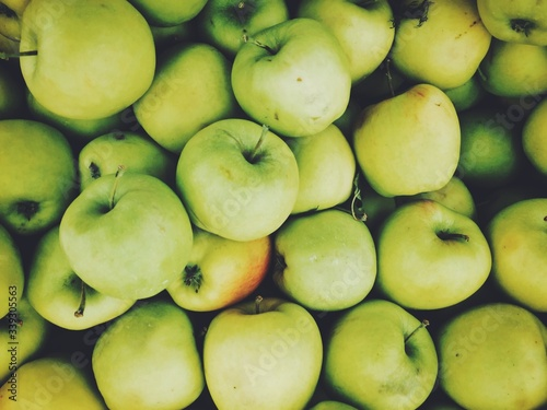 Papel de parede Full Frame Shot Of Granny Smith Apples At Market Stall