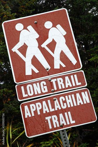 Fotografie, Obraz Two classic hiking trails, the Long Trail and the Appalachian Trail, converge ne