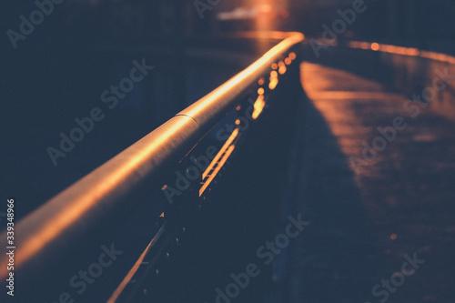 Photo Footbridge With Sunlight In City