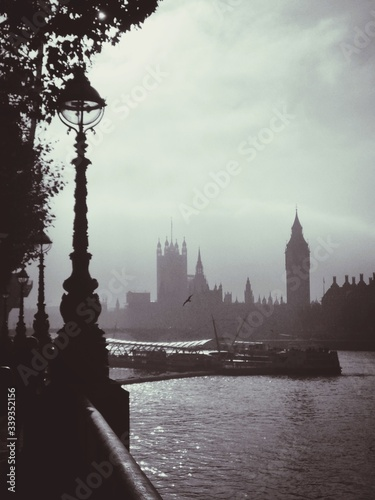 Canvas Print Thames River By Palace Of Westminster Against Sky