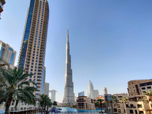 Downtown Dubai Landmarks And T...
