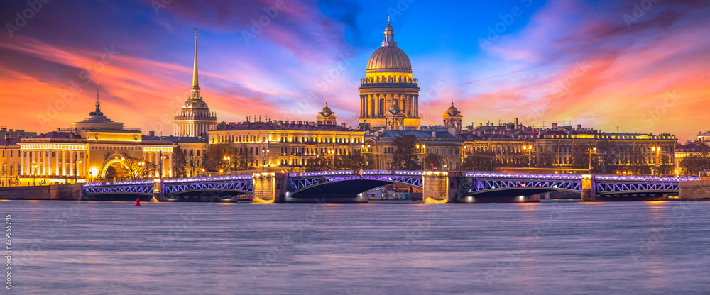 Fototapeta Saint Isaac's Cathedral, Panorama of St. Petersburg at the summer sunset, Russia is the largest Russian Orthodox cathedral, St. Petersburg architecture, Saint Petersburg, Russia Federation.