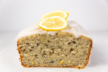 Lemon Poppy Seed Loaf With Lemon Slices Inside View