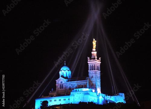 Fotografie, Obraz Illuminated Notre Dame De La Garde Basilica At Night