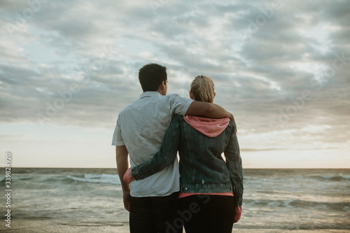 Photo Romantic couple at the beach