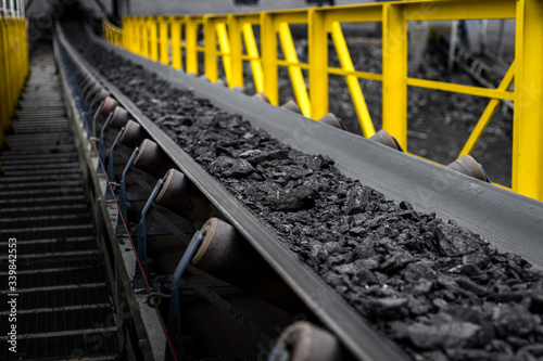 Fototapeta opencast mine - belt conveyor - coal, stones - transport