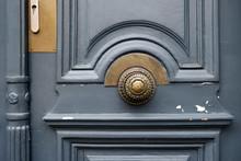 Old Metal Door Handle Lock On ...