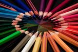 Tęcza w kolorach kredek