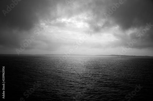 Obraz na plátně Scenic View Of Sea Against Cloudy Sky