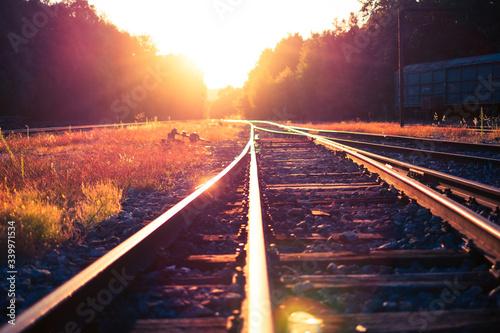Fotografia Railroad Tracks During Sunny Day