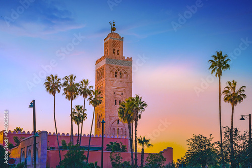 Fotografia Koutoubia Mosque minaret located at medina quarter of Marrakesh, Morocco