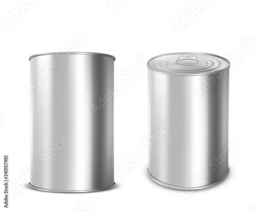 Foto Metal tin can for food front and angle view