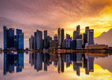 Singapore 2018 Sunset At Marin...