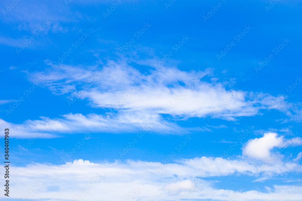 Fototapeta błękitne niebo i białe chmury 5