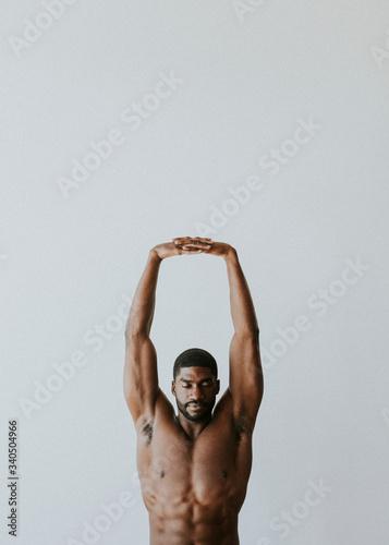 Slika na platnu Black model in a studio