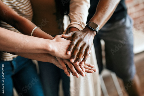 Canvastavla Diverse people hands together