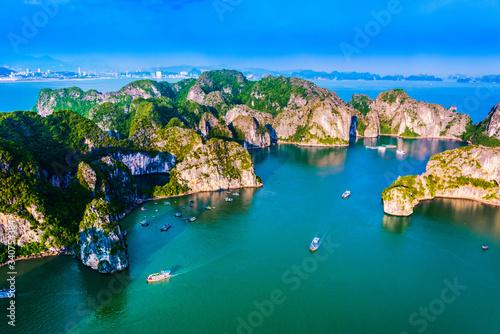 Leinwand Poster Aerial view of Ha Long Bay, Vietnam