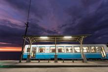 下灘駅 夕暮れ 電車