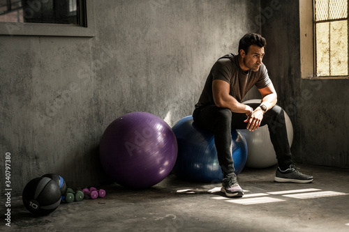 Fotografie, Obraz Working out with balance balls