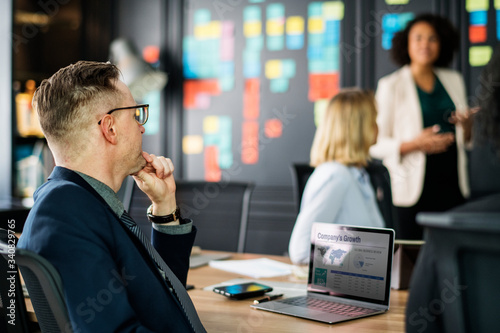 Fototapety, obrazy: Business people in a meeting