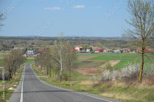 Photo droga, niebo, autostrada, asfalt, krajobraz, podróż, horyzont, charakter, blękit