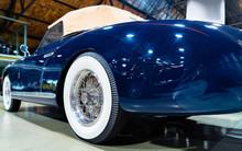 Wheel In Blue Vintage Classic Car Auto Reflex